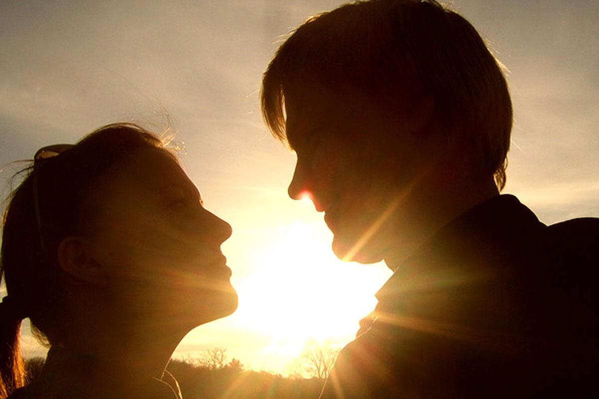 Glückliche Beziehung dank Paarcoaching
